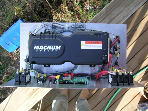 Magum MM600 inverter/charger SolarNexus prototype